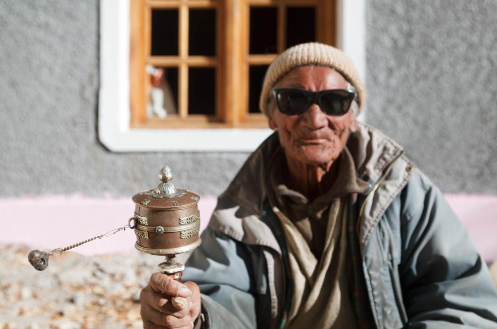 old man-prayer wheel-ladakh-0739_v2_cs