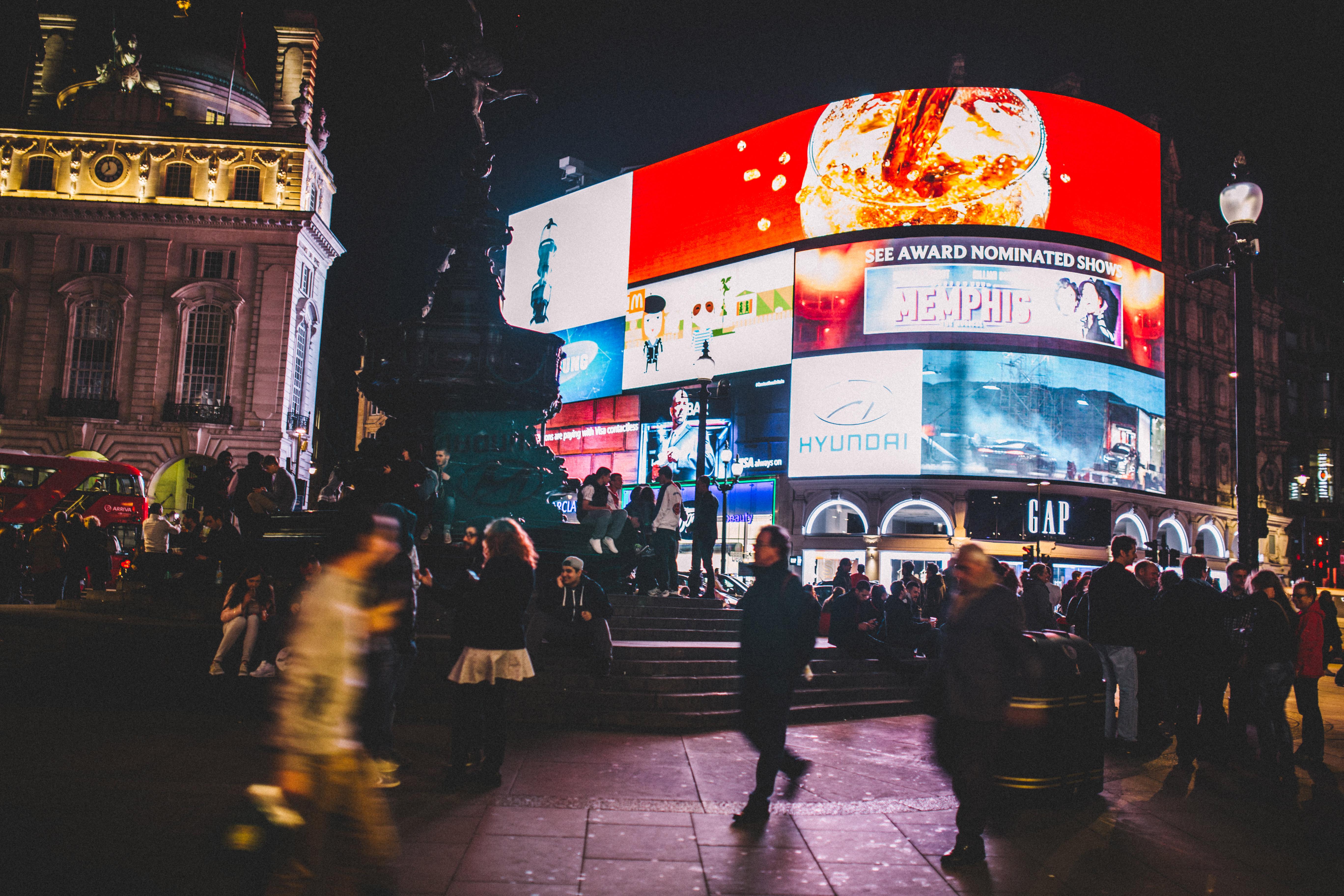 Streetfotografie bei Nacht Tipps